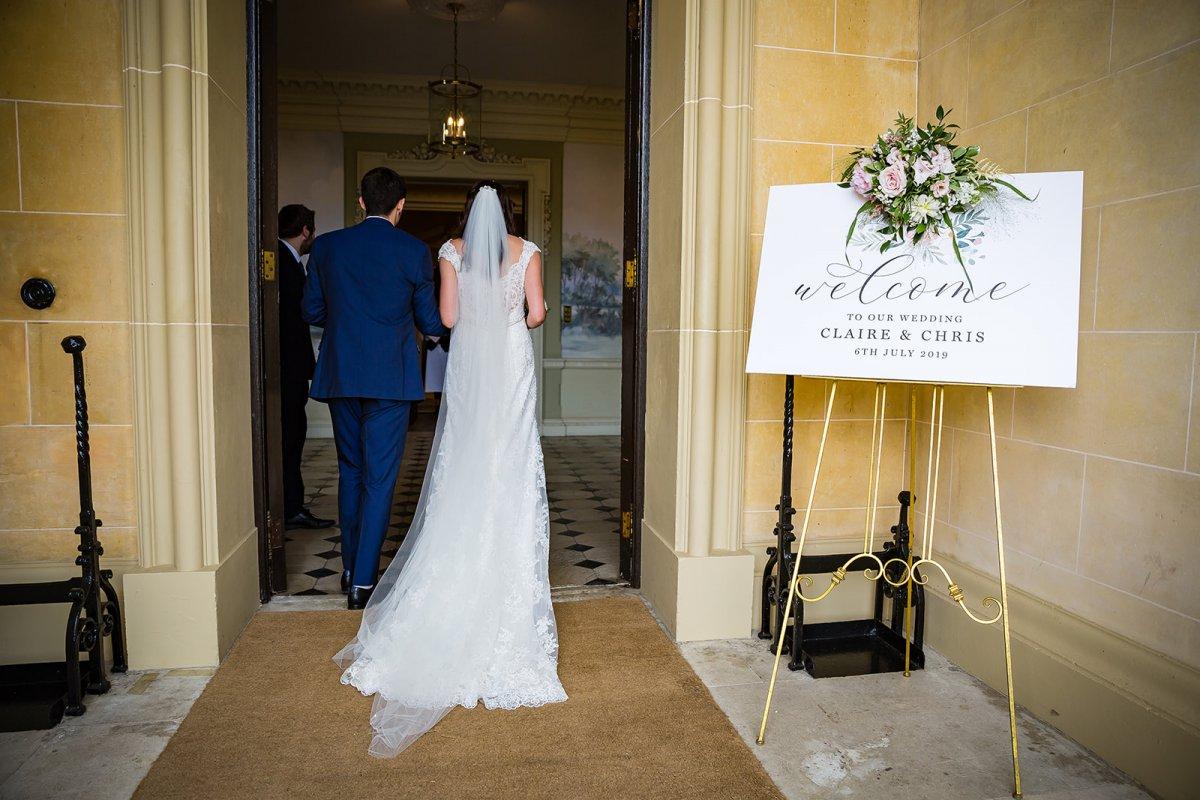 Elegant wedding signs & decor